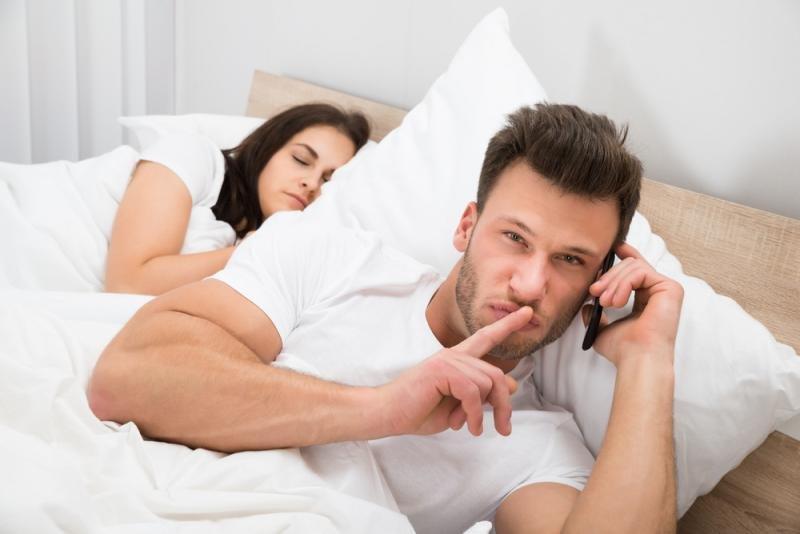 Тест: Способен ли твой мужчина на измену?