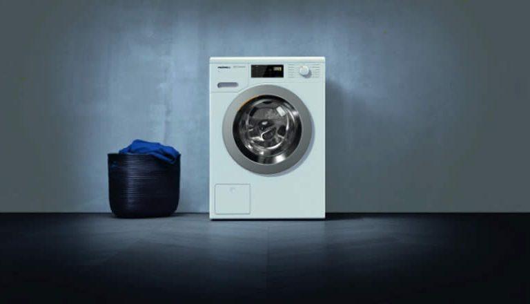 Немецкий «зверь»: обзор стиральной машины Miele WDB 020